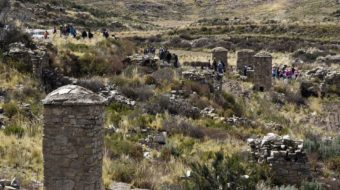 500-year-old tombs cemetery Found in Bolivia