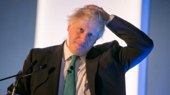 Boris Johnson would be ready to request a postponement of Brexit to Brussels